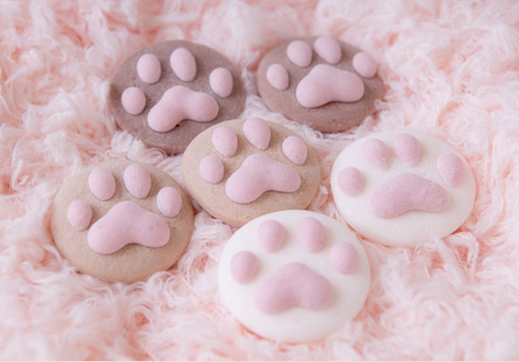 cat cafe marshmallow paws shipping worldwide