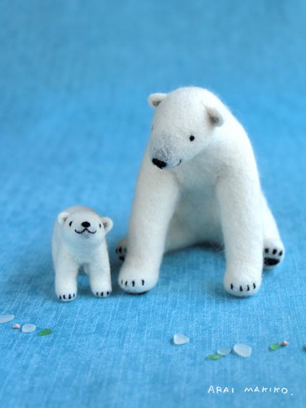 Makiko Arai's Smiling Felt Animals - Icebear