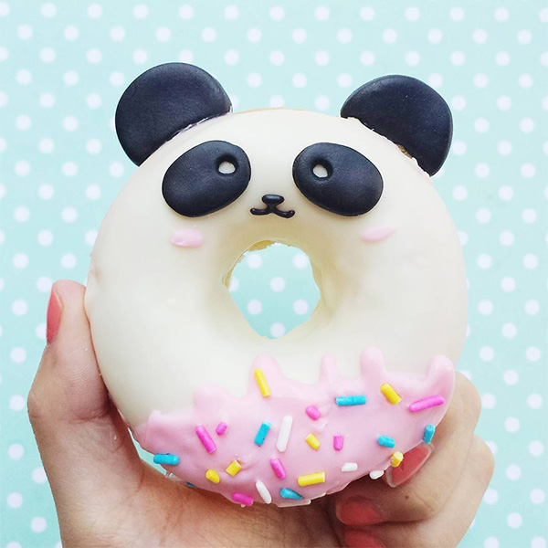 vickiee yo / vickie lu - kawaii panda donut