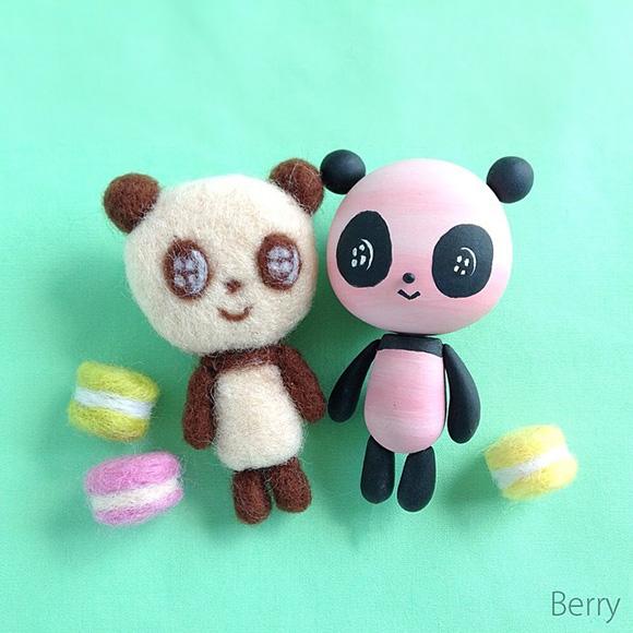 Berry Sweetlife - Cute Felt Knitted Panda