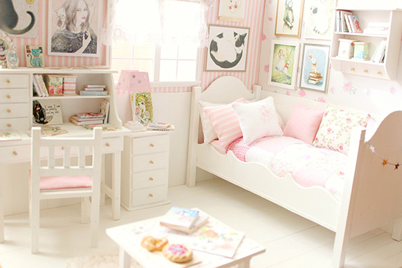 Carolina_Tyran_miniature-dollhouse-4b